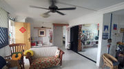 4S HDB Flat at 637 Hougang Ave 8 for sale