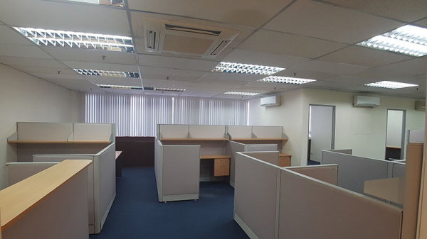 WEDGE MOUNT BUILDING:  For rent 1800 sqft