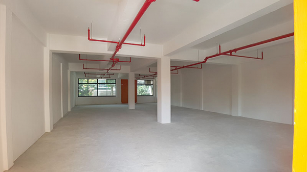 COMMONWEALTH: Bare unit for rent (1974 sqft)